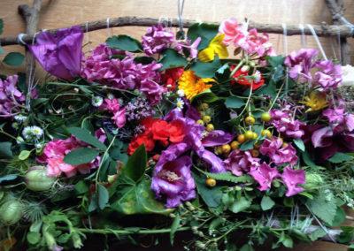 Blumen-Bild (Gemeinschaftsarbeit in und aus der Natur)