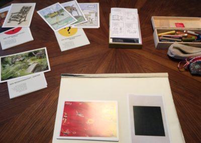 Karten mit den Themen (Gärten, Stühle, Häuser etc.)